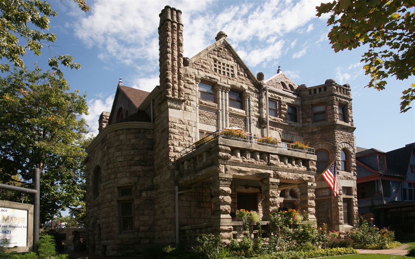 Cheap Castle Rentals Castle rental, Bed and breakfast