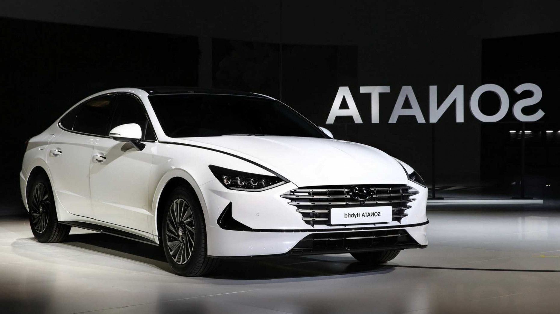 2020 Hyundai Elantra Essential [Video] in 2020 Hyundai