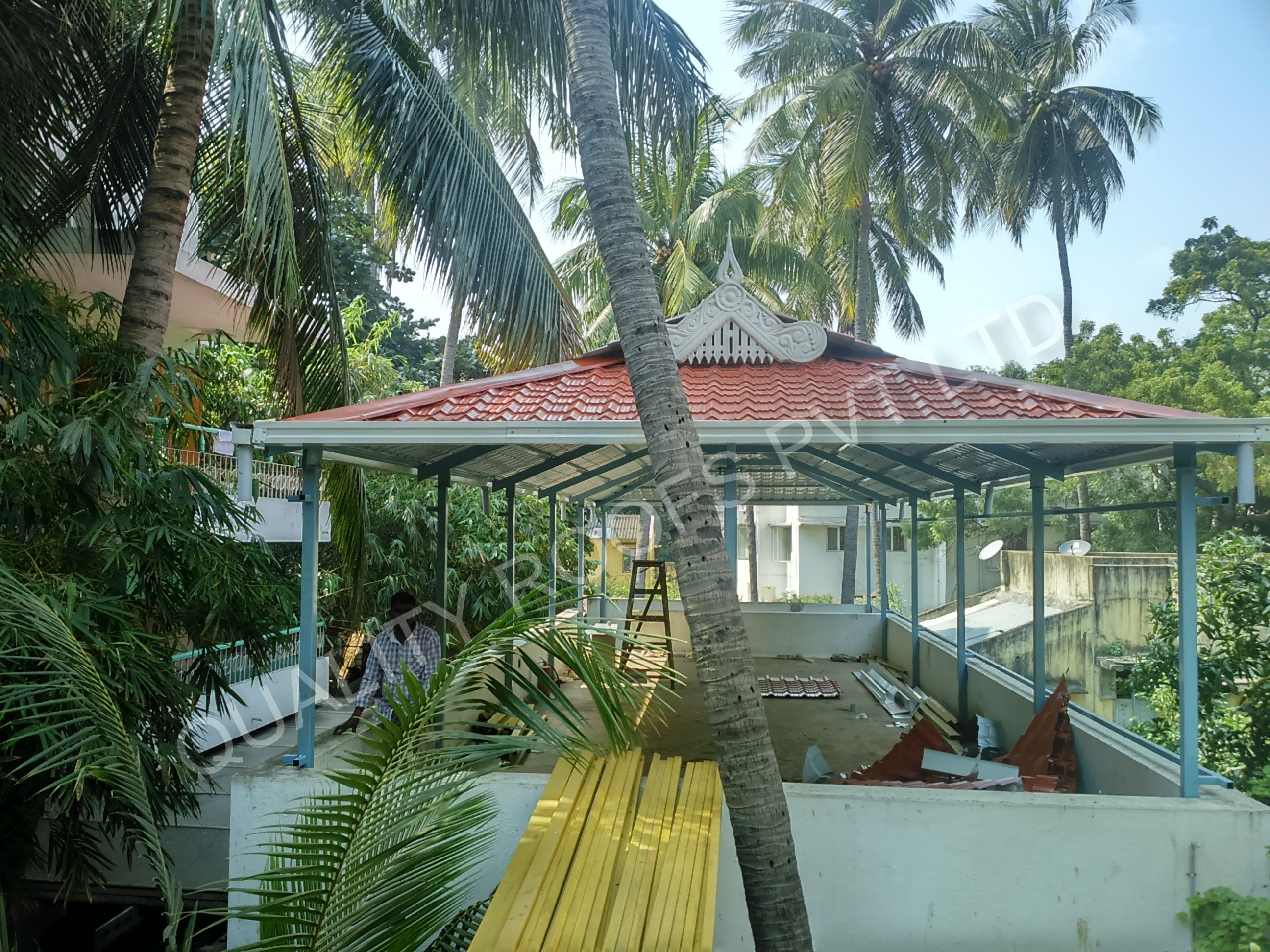 We Are The Leading Kerala Style Roofing Contractors In Tamilnadu We Are Specialized In All Types Of Kerala Style Ro Rooftop Terrace Design Roofing Shed Design