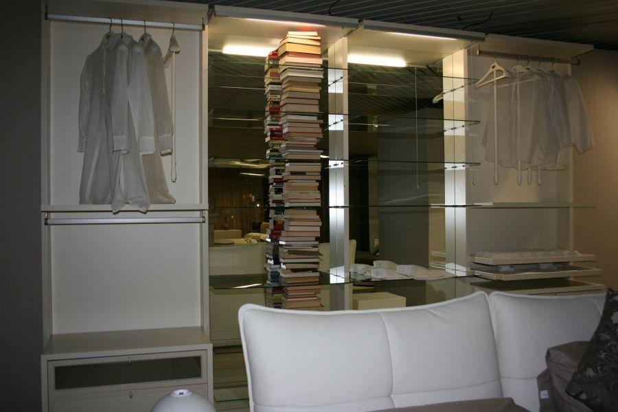 Porta Pantaloni Cabina Armadio : Cabina armadio attrezzata con cassettiere vassoi estraibili e