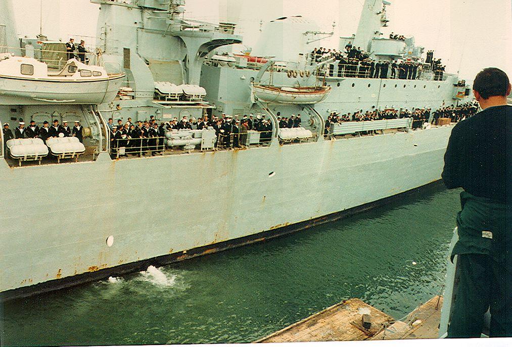 Coming Alongside Royal Navy Ships Navy Ships Royal Navy