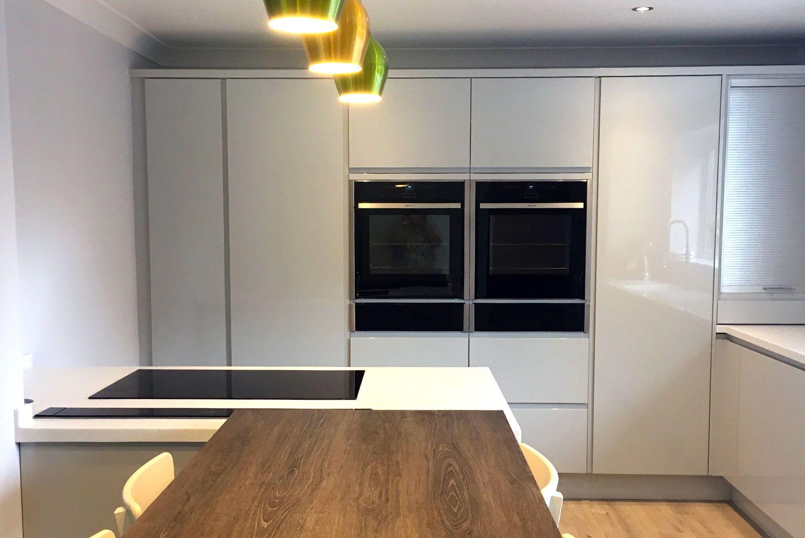 Best An Innova Luca Gloss Dove Grey Handleless Modern Kitchen 400 x 300