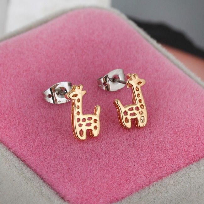 12mm 18K Gold Plated Fashion Small Giraffe Hollow Design Ladies Copper Earrings