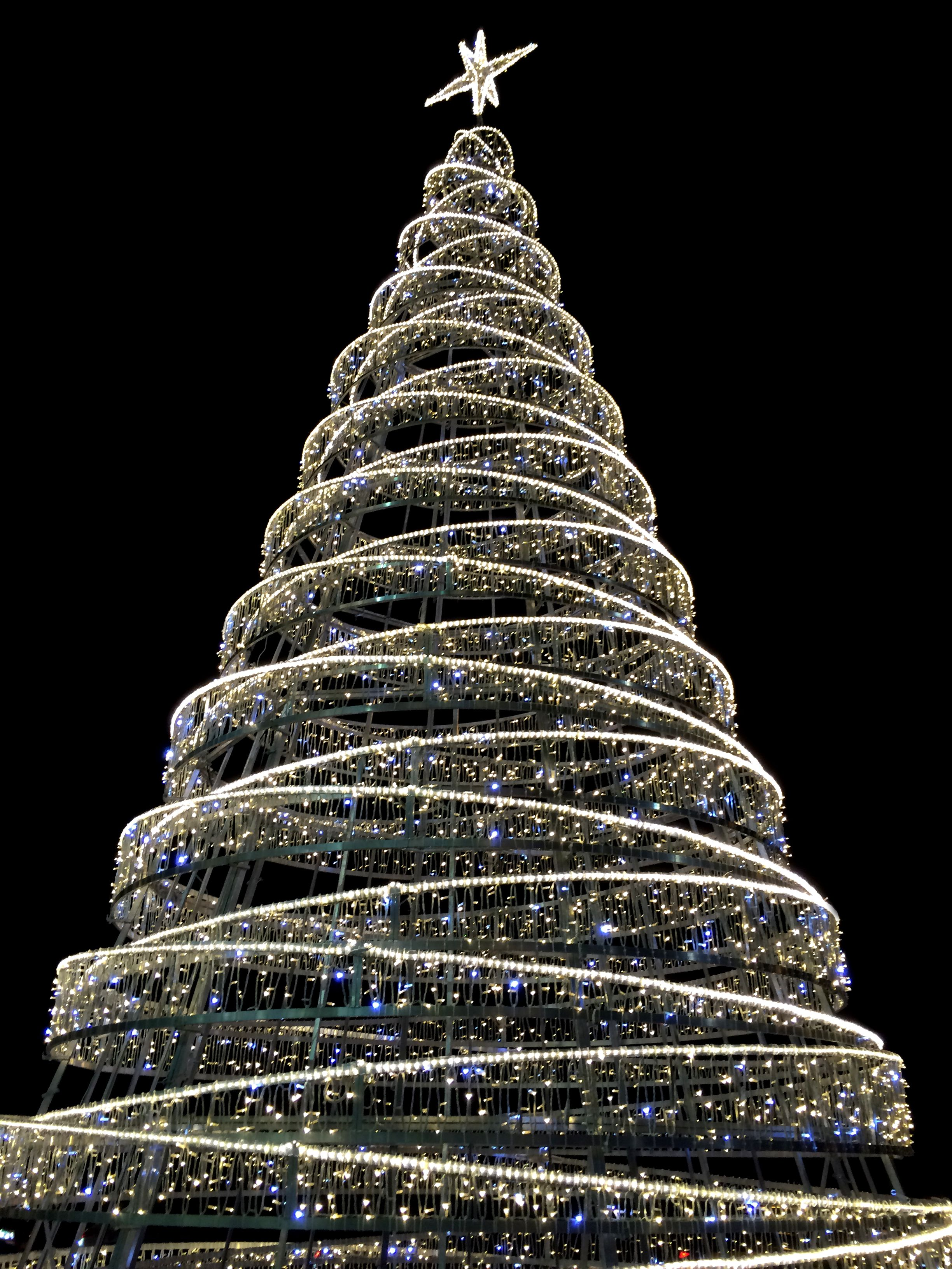 Contemporary Christmas Tree Modern By Thordval On Deviantart