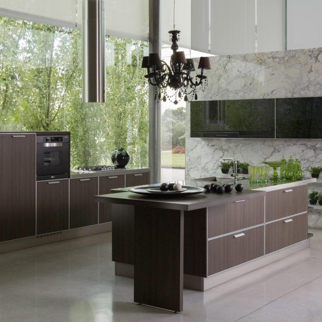 MODELO SYDNEY Una combinación de superficies melamínicas y vidriadas ...