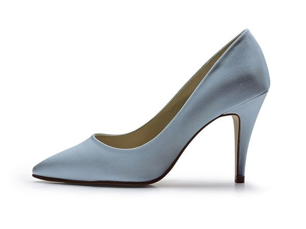 Metallic blue wedding shoes. Click on the image to see our full gallery of Best Blue Wedding Shoes.
