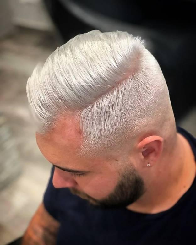 31 Grey And Silver Hairstyles That Can Transform Your Look Silver Hair Silver Grey Hair Short Hair Styles Pixie