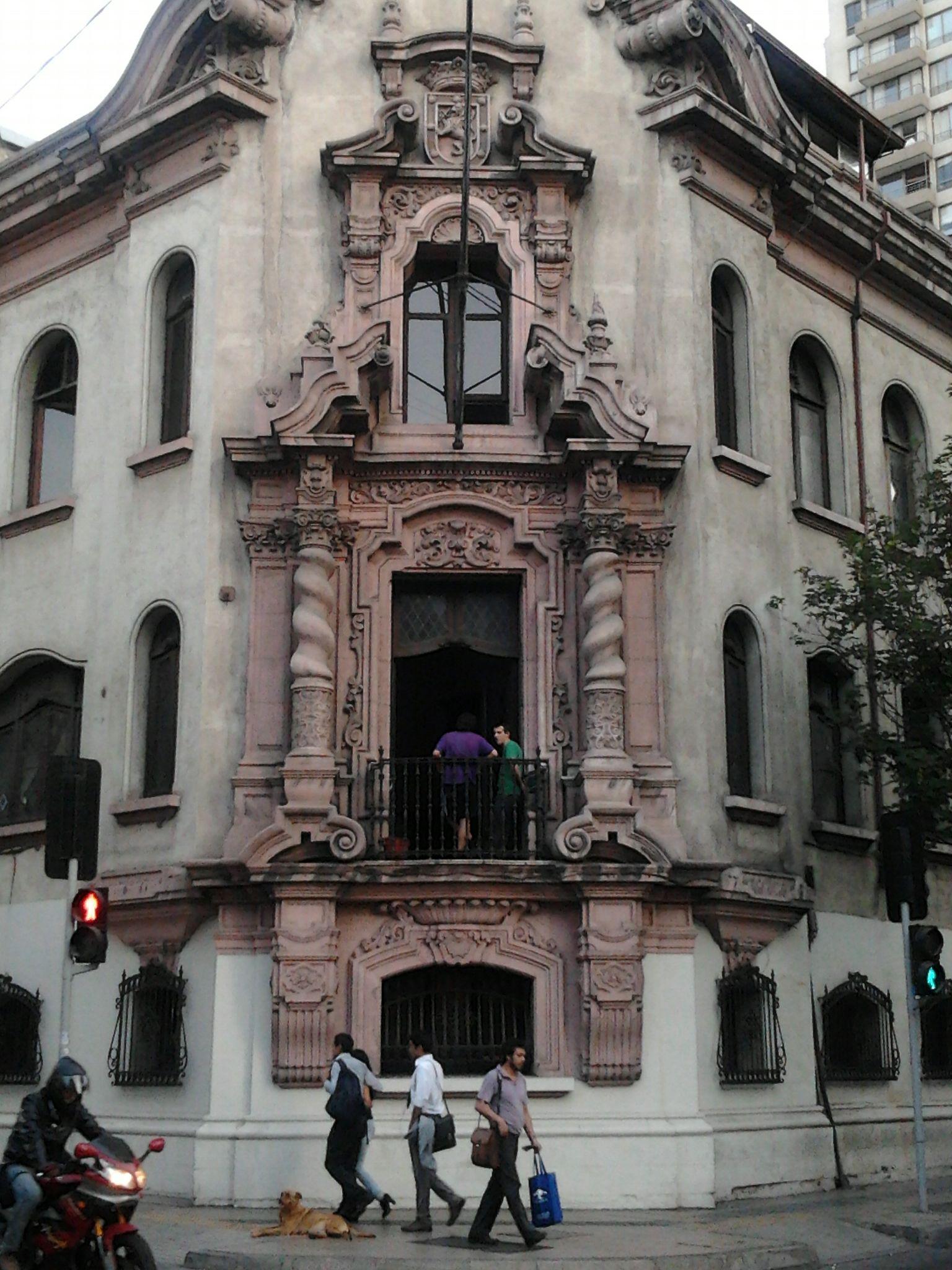 Palacio Urmeneta (Ahora The Clinic + Radicales / Monjitas).
