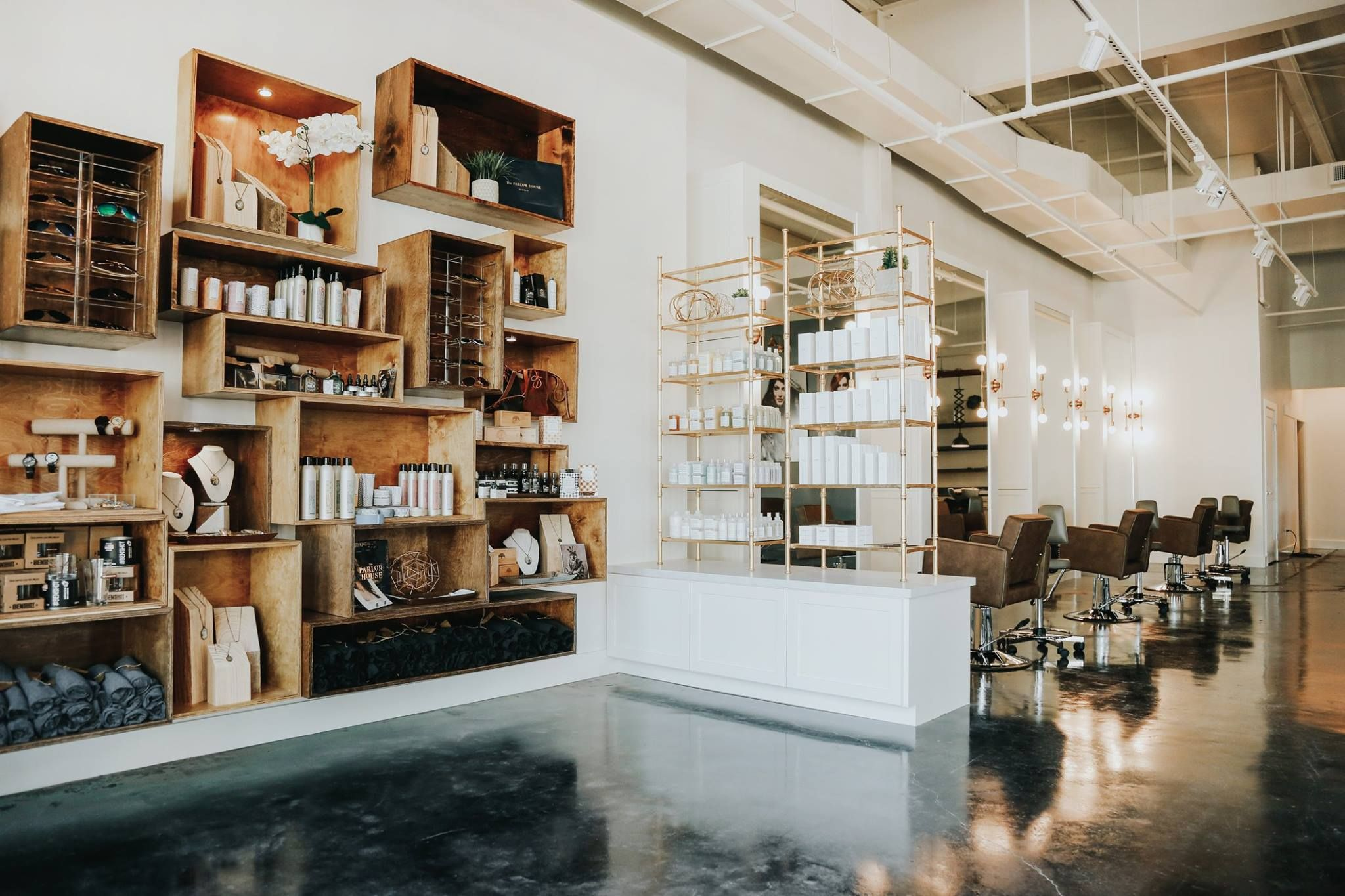 Top Tips For Salon Retail Merchandising Buy Rite Beauty Salon Retail Retail Shelving Retail Merchandising