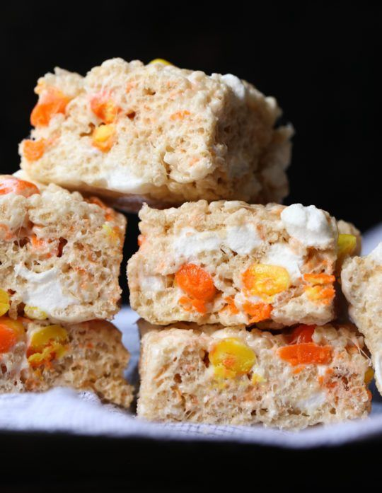 Candy Corn Rice Krispie Treats #candycorncookies