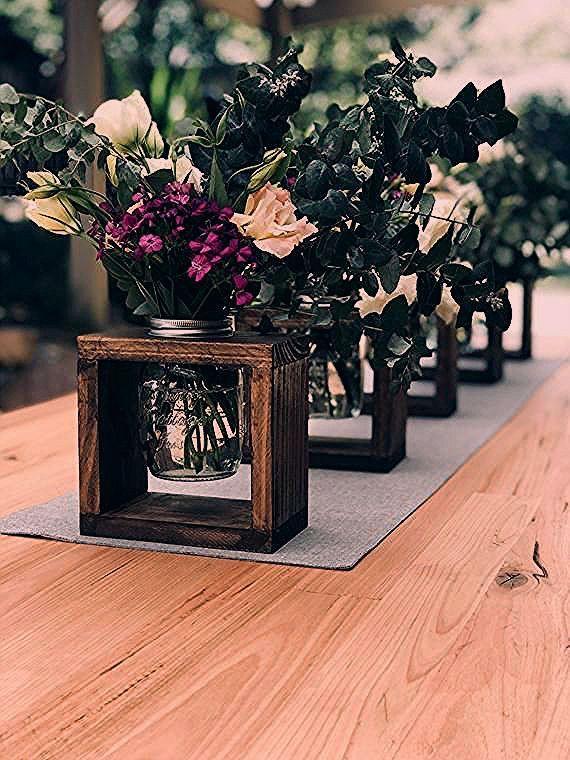 Photo of rustikal Hochzeitsmittelstücke rustikale Vasen Inseldekorationen