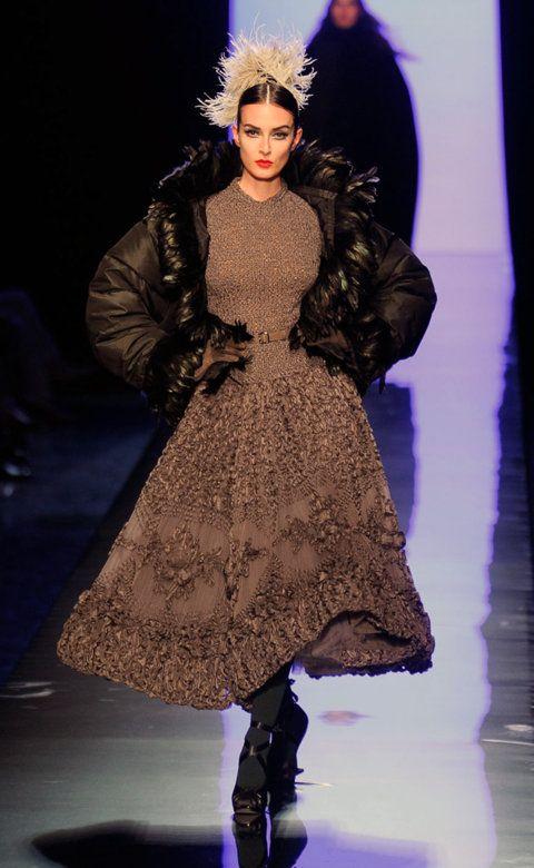 Desfile de Jean Paul Gaultier. París. Fotos, crónicas, diseñadores y modelos de todos los desfiles de la pasarela de Alta Costura Otoño-Invierno 2011-2012. Alta Costura - Otoño-Invierno.