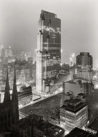 Rockefeller Center and RCA Building (now 30 Rock) New York NY (1933) | Photo : Gottscho-Schleisner