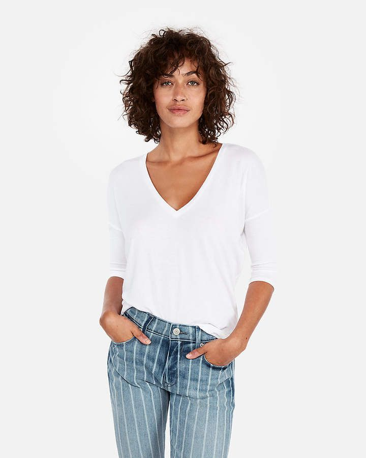 e217878a Express One Eleven V-Neck London Tee in 2019 | stylin' | T shirts ...