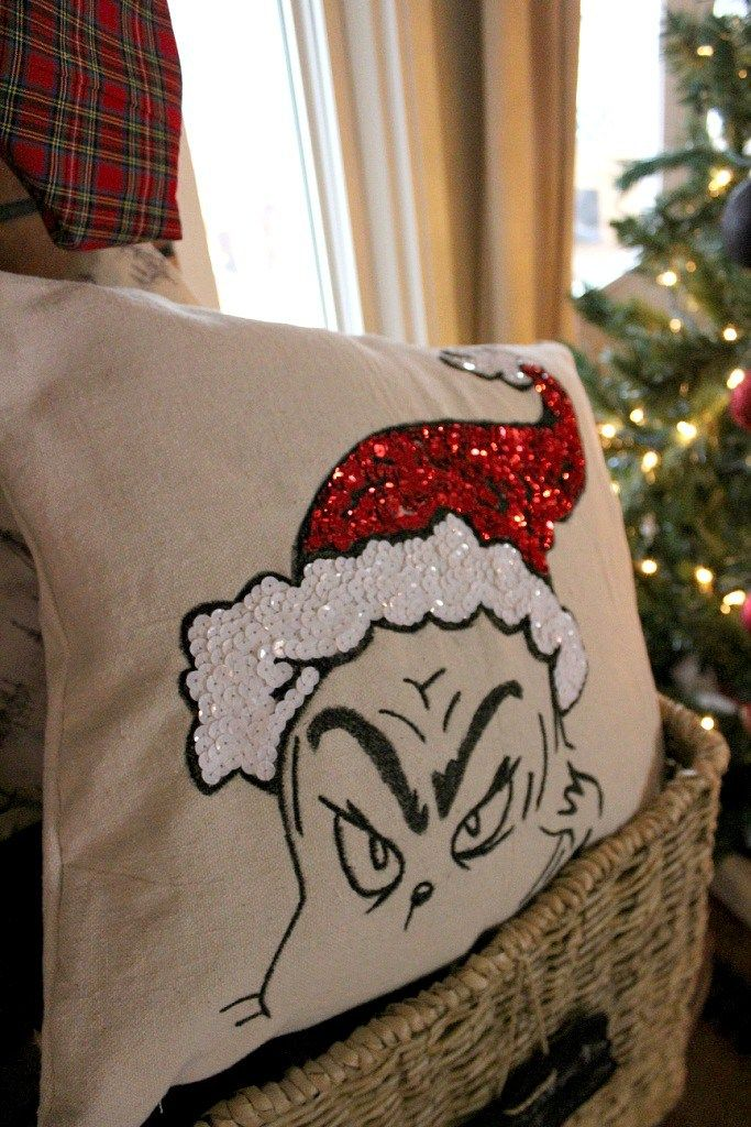 Diy Decorative Christmas Pillows : DIY Grinch Pillow--A Pottery Barn Knock-Off Grinch, Pottery and Barn