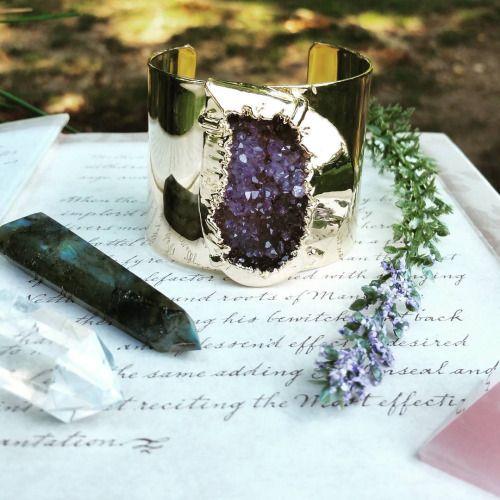 Heidi Grotesque - crystaljypsyjewelry: A few new druzy cuffs in...