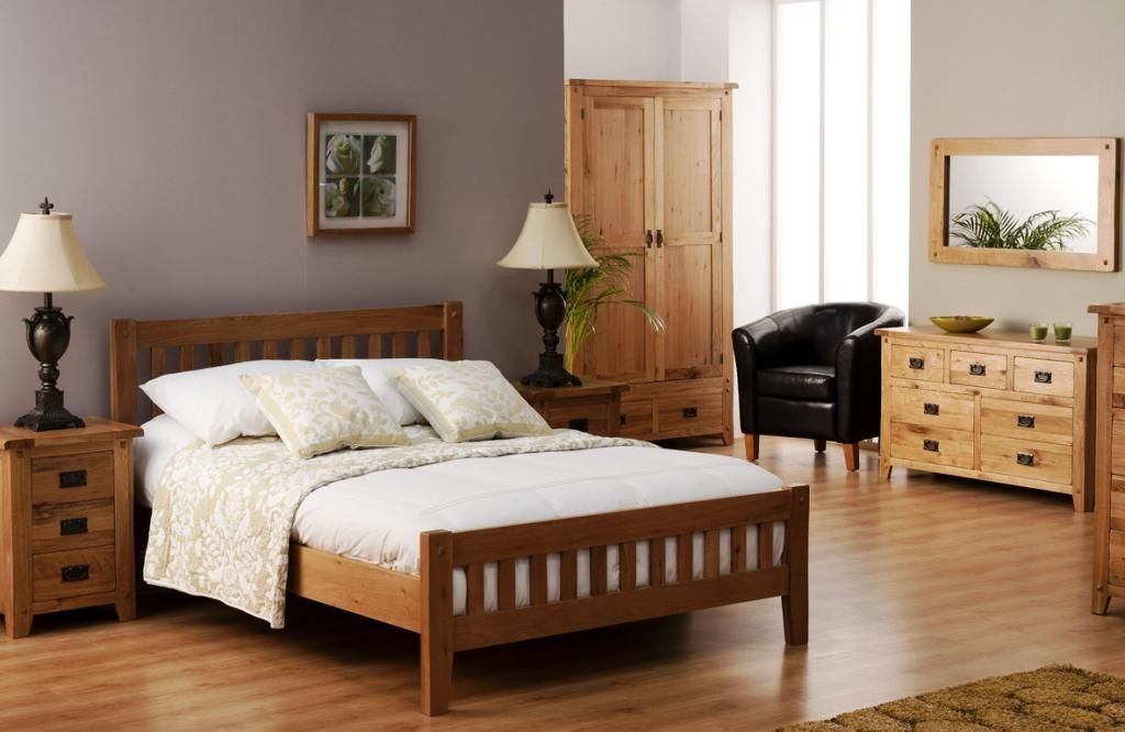 Advantages Of Buying Oak Bedroom Furniture Darbylanefurniture Com In 2020 Oak Bedroom Furniture Sets Oak Bedroom Furniture Oak Bedroom