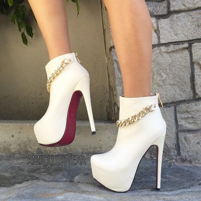 ebb13f590011 girl beauty fashion outfit style clothes hair eyes lips friend shoes high  heels