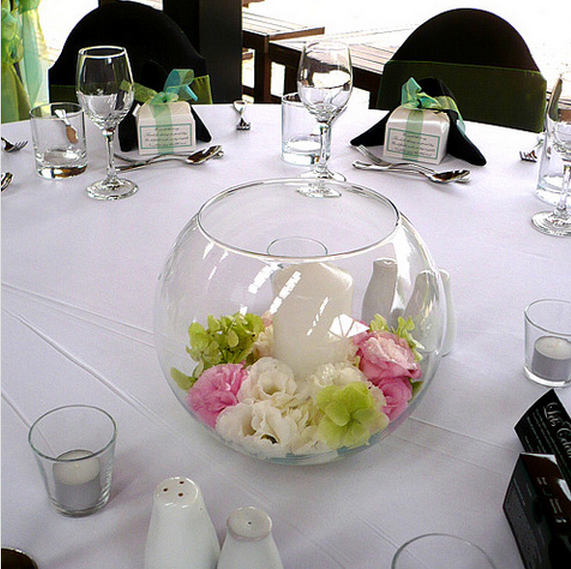 Small Floral Centerpiece Ideas | Round glass wedding centerpiece ...