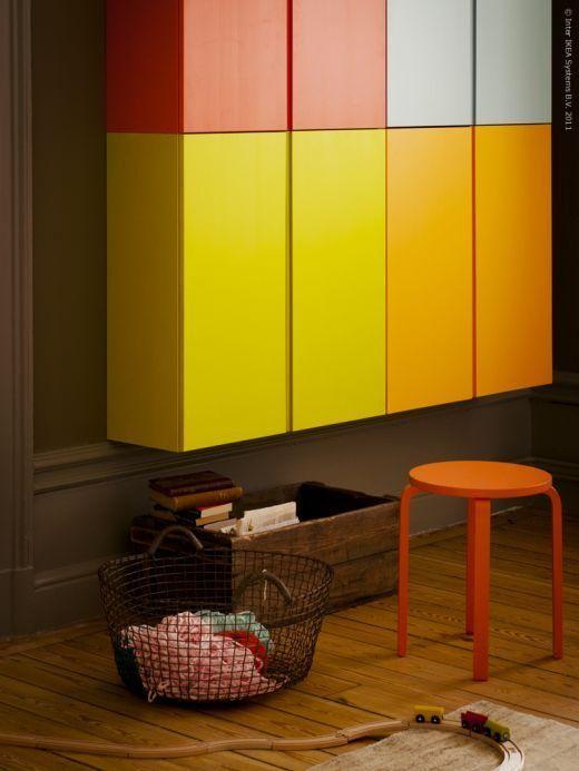 Ikea hack armarios ivar de colores para sal n o espacio for Armarios para salon