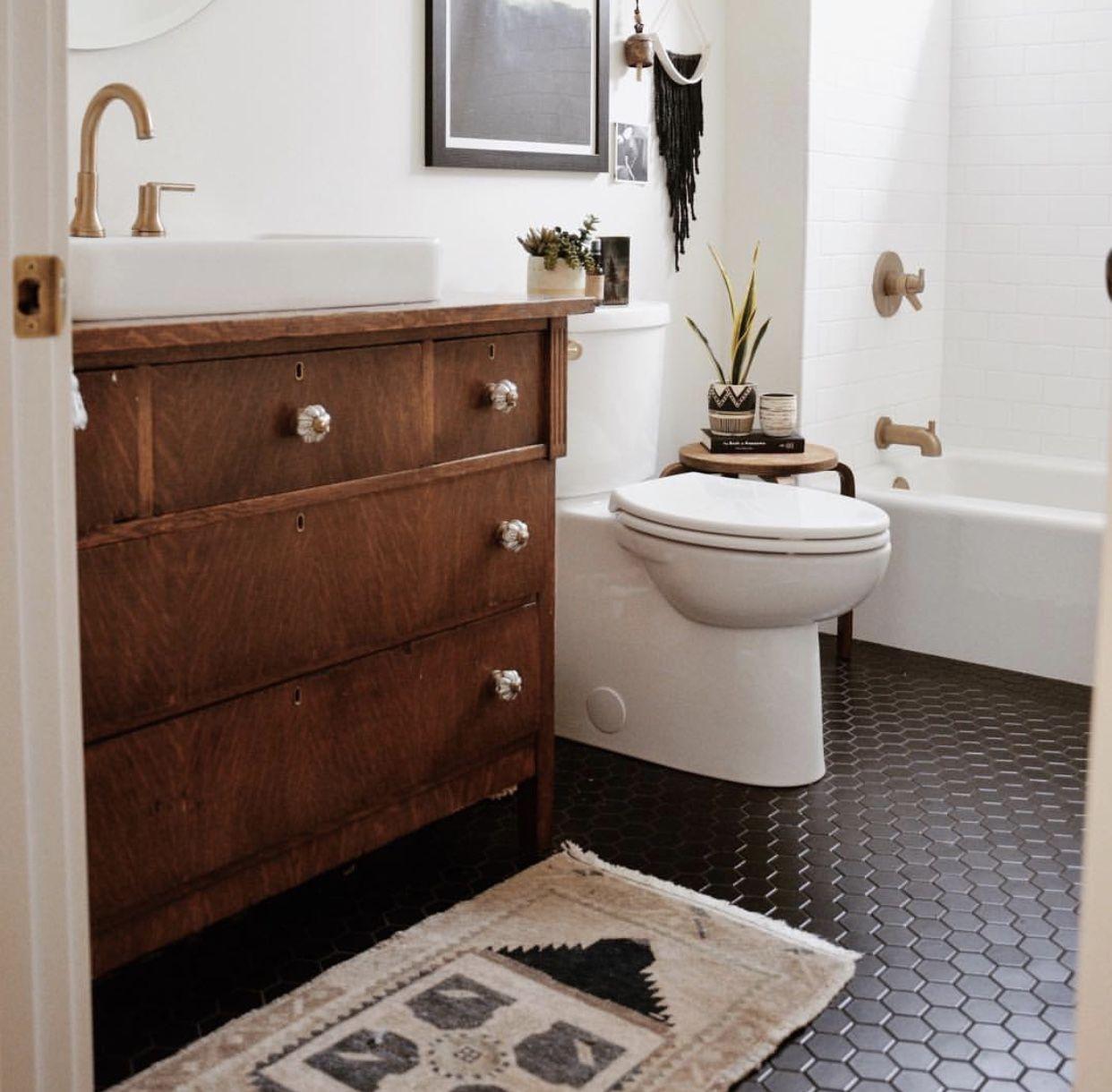 Pin van Caroline Murry op Dreamy Bathrooms | Pinterest - Wc ...