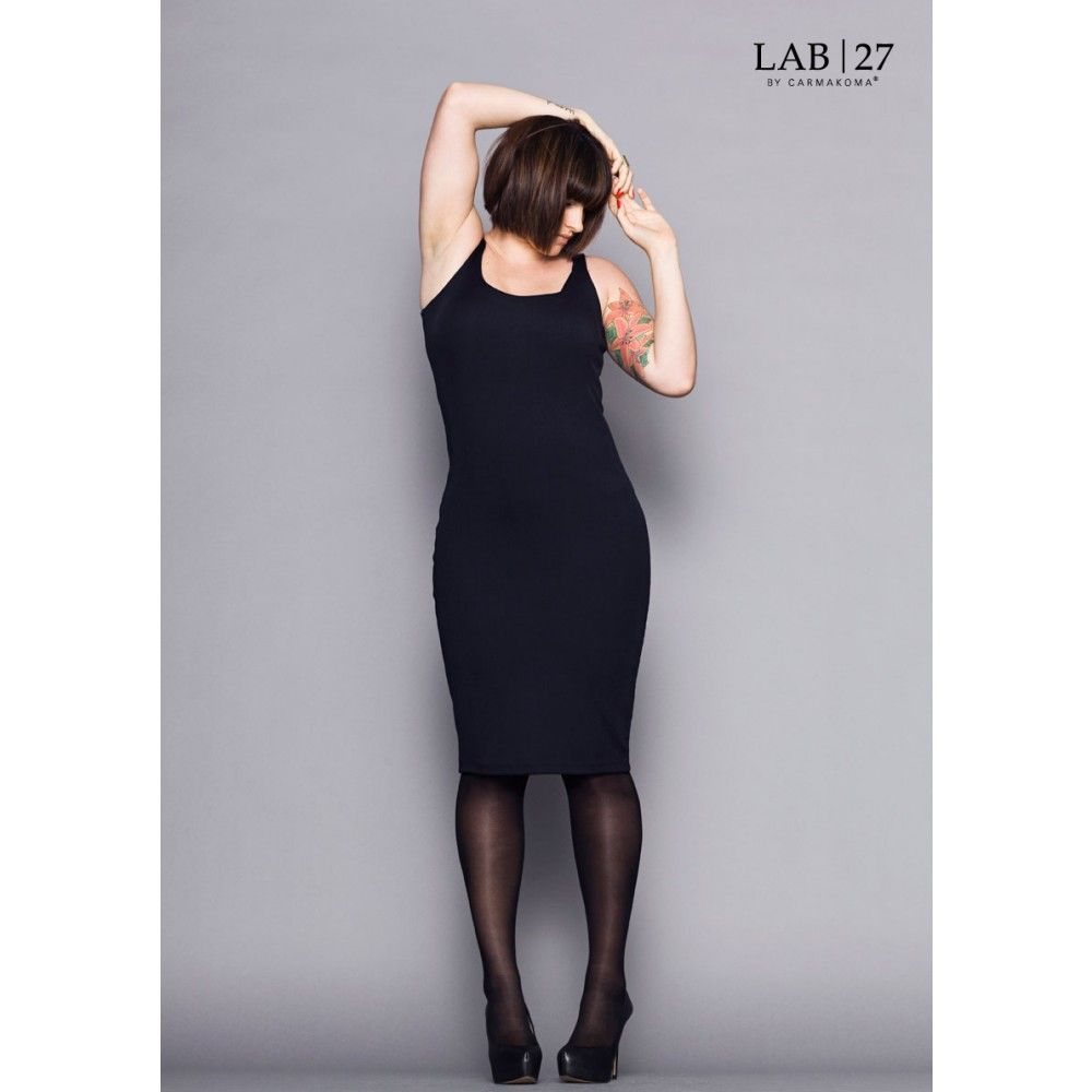 LAB|27 By Carmakoma // Tight fitted ribbed dress // Bunting