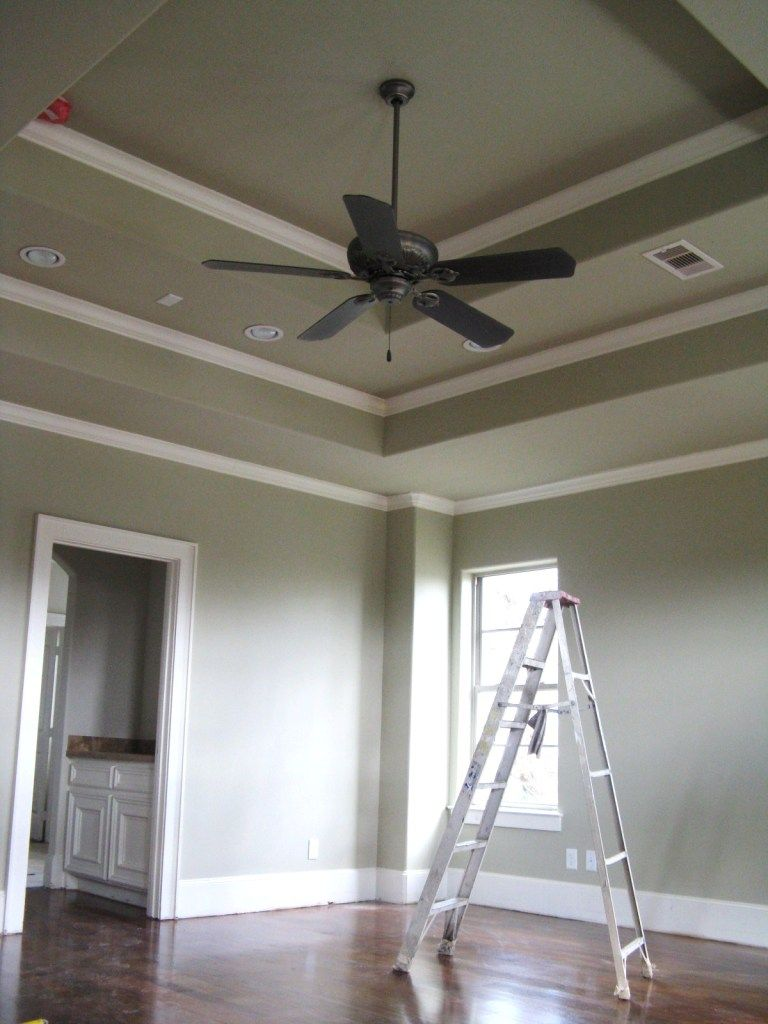 Tray Ceiling Molding: Typical Crown Moulding Detail In A Master Bedroom With A