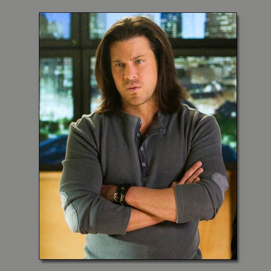 from LEVERAGE! This is #ChristianKane actor, singer, songwriter, stuntman, cook! Don't know who to credit for screen cap