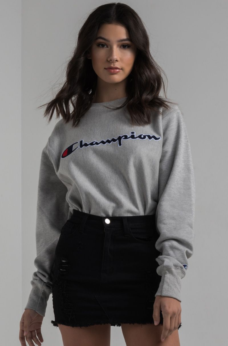 Champion Women S Crewneck Sweatshirt In Black White Grey And Dark Grey How To Wear Hoodies Champion Clothing Crewneck Outfit [ 1209 x 800 Pixel ]