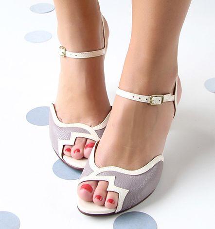76a5b038ac3 Chie Mihara    Colección Catalogo Zapatos