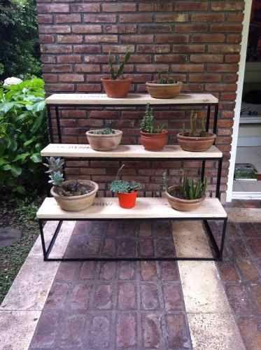 Porta macetas de hierro a medida tipo escalera mercado - Estanteria para plantas ...