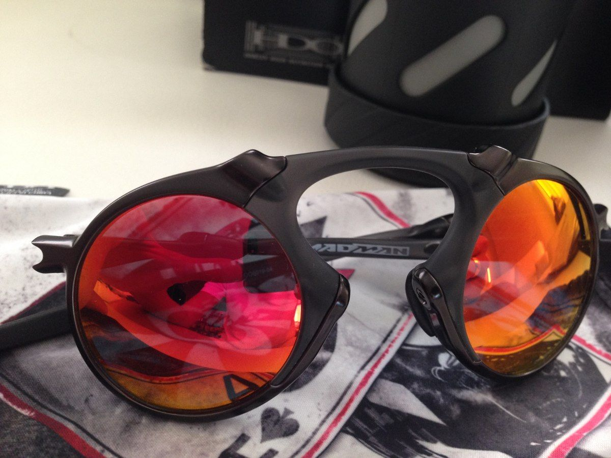 sunglasseswholesale on   sunglasses   Pinterest   Oakley, Oakley ... 9515748346