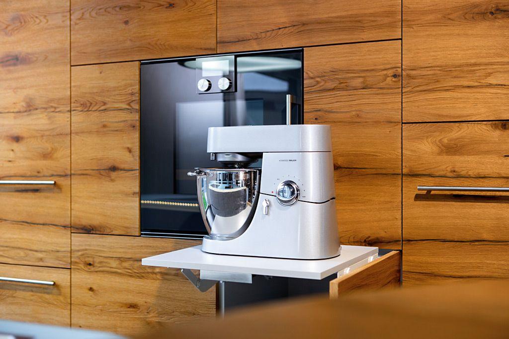 Küchengeräte werden bei Elbau direkt integriert und verbaut. Wir ...