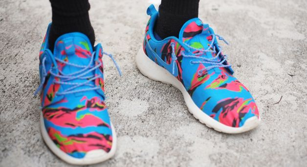 morir reinado cuscús  Street Style: The Sneakerheads of Miami, FL | Sport shoes men, Best  sneakers, Nike shoes outlet