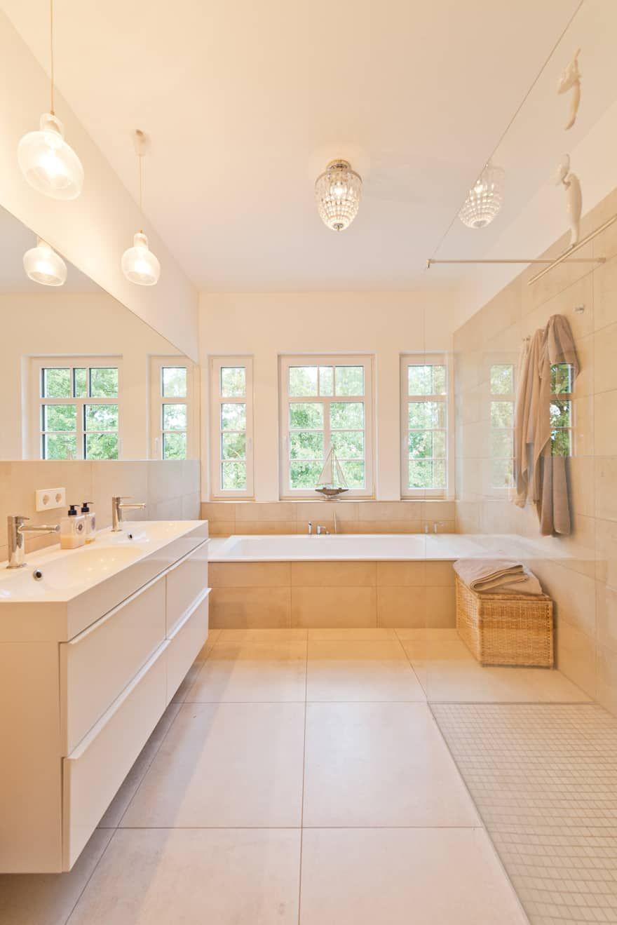 Wohnhaus L Badezimmer Von Bartels Architektur Badgestaltung Klassisches Badezimmer Badezimmer