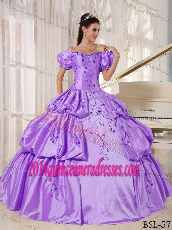 Popular off the Shoulder Taffeta Quinceanera Dress with Embroidery and Pick-up