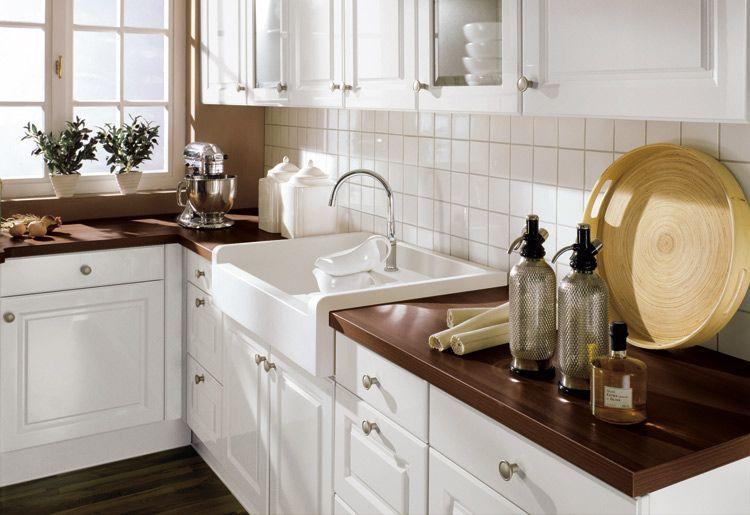 Landhaus Weiss Braun Marmor Mdf Arbeitsplatten Waschtisch Kuchen Ideen Kuchenprodukte Haus Kuchen Landhauskuche