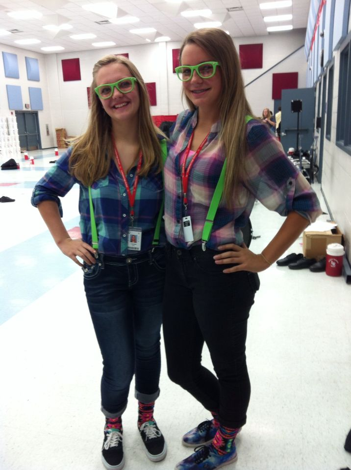 Twin day. Twin day at school   Twin day      Pinterest   Schools  Twin and