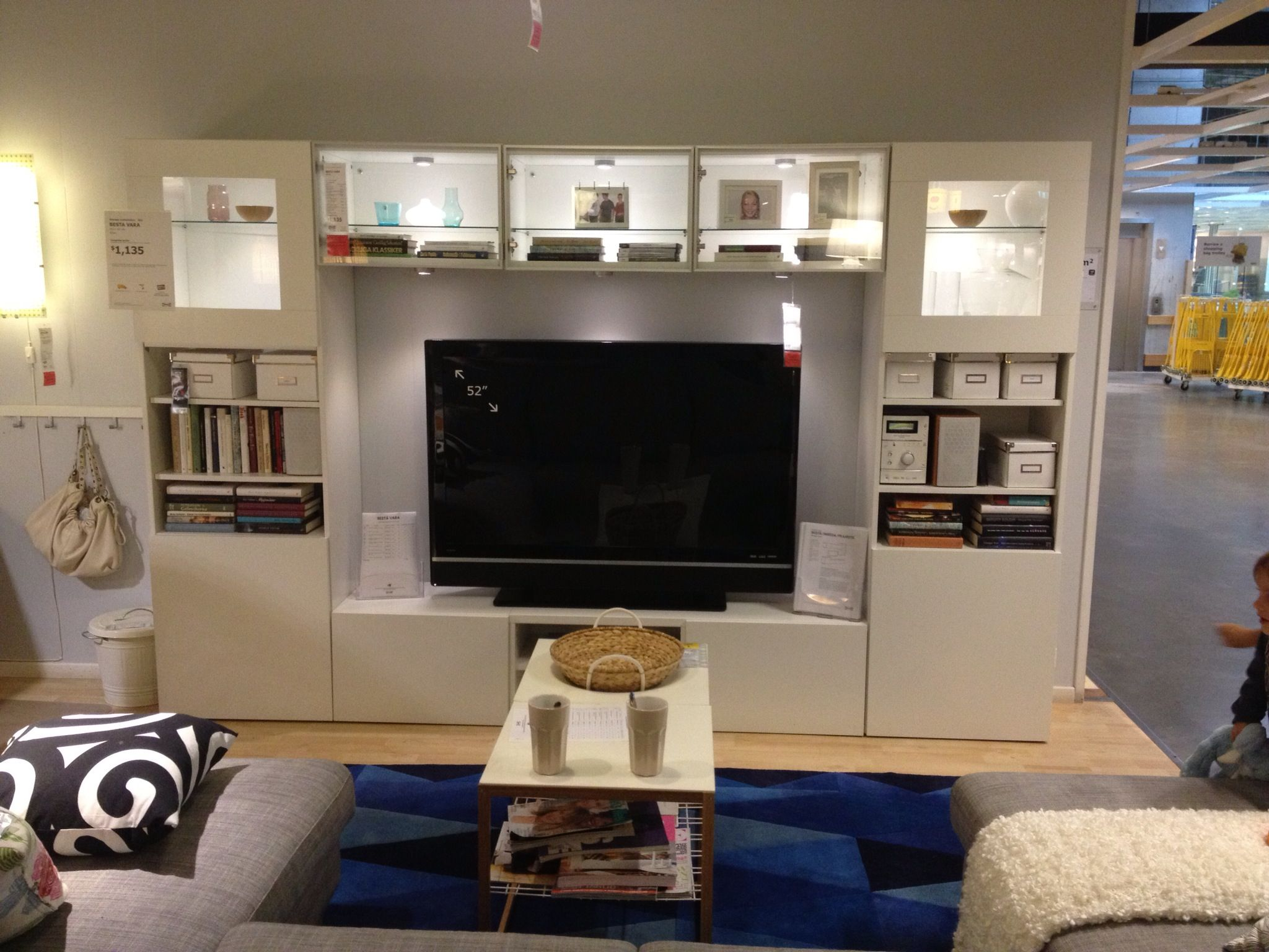 tv cabinet besta ikea ikea pinterest idee salon sous sols et salon. Black Bedroom Furniture Sets. Home Design Ideas