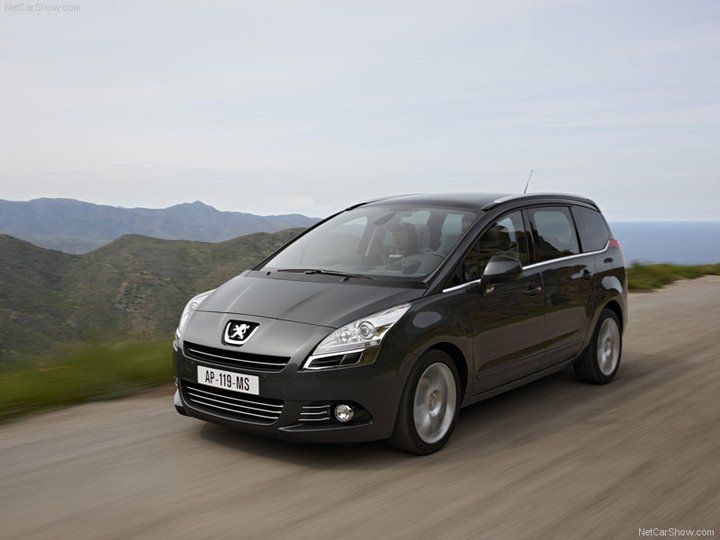 Peugeot 5008 family car - wagon - MPV - in nice scenery. Find used ...