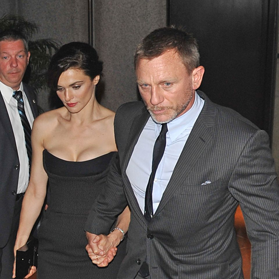 Here's The One Thing That's Wrong With Daniel Craig & Rachel Weisz's Love Story