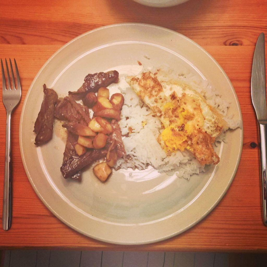 Koreanischer Reis, Steak, Austernpilze & Pickles. 15 Minuten Küche ...