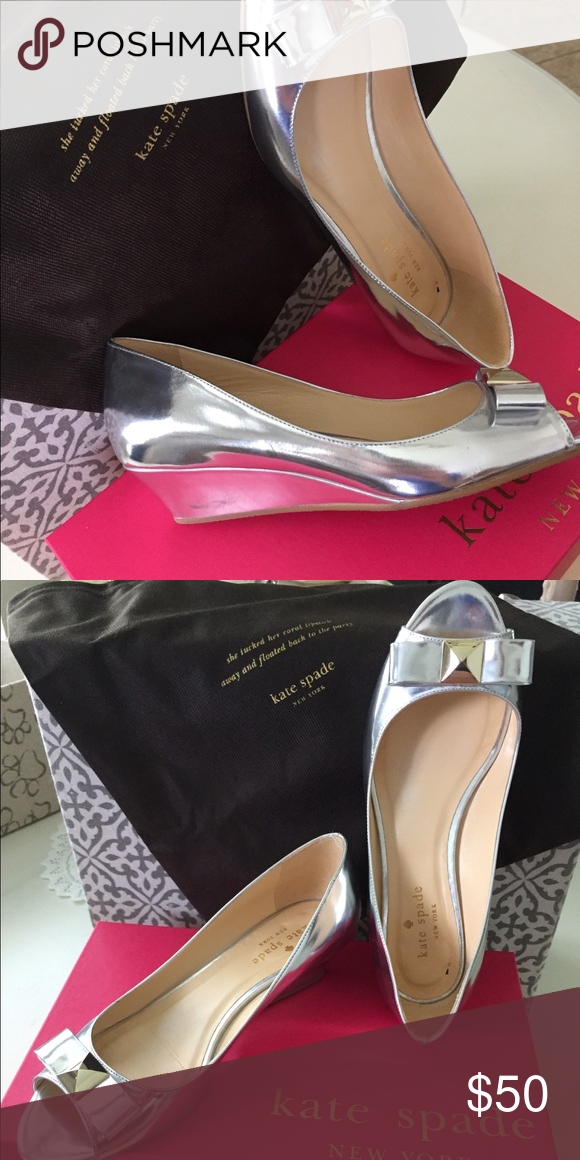 a610cc8ef47 KATE SPADE SILVER BOW TIE WEDGE EXCELLENT CONDITION-LIKE NEW!! KATE ...