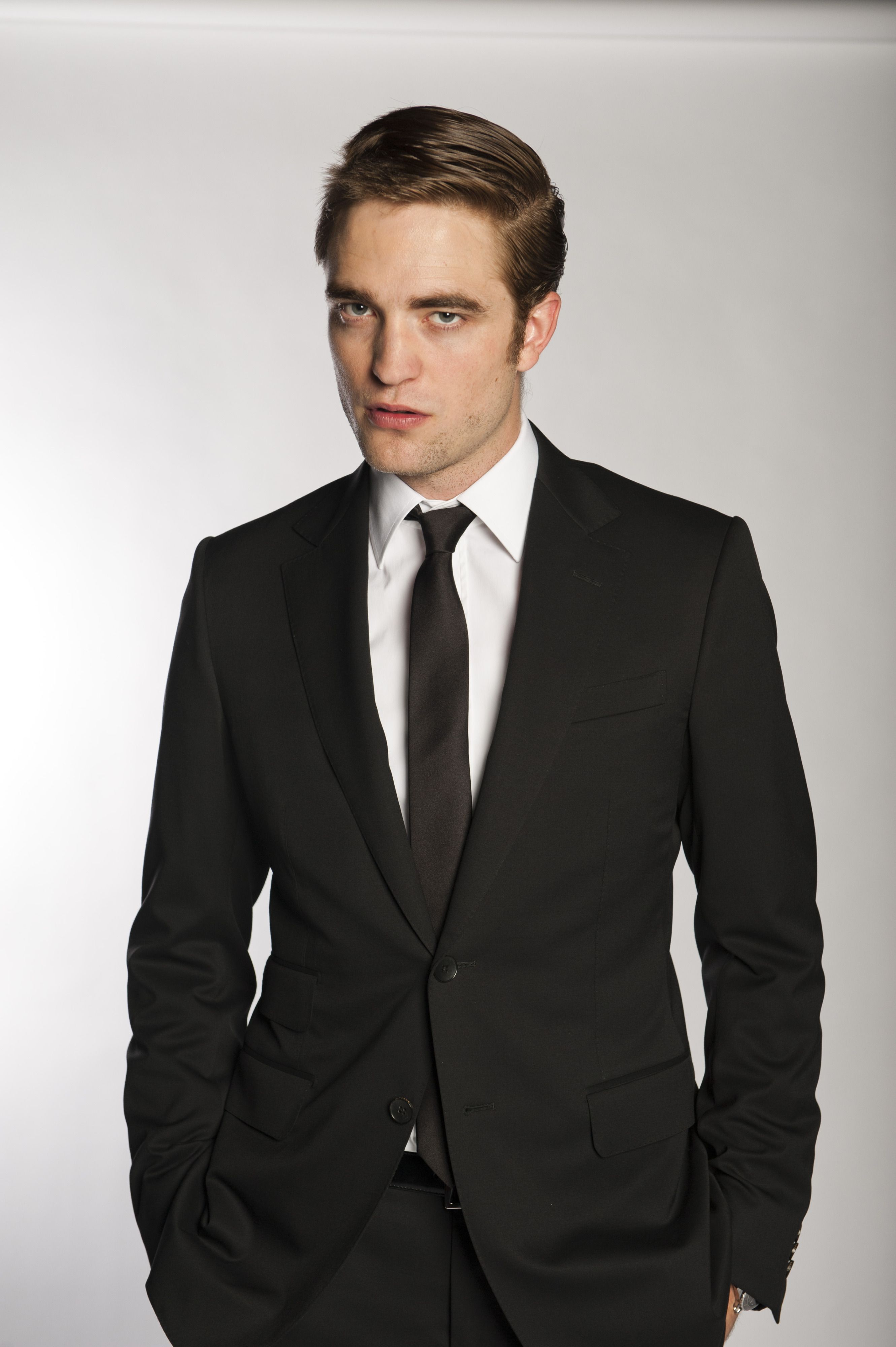 HQ photos from Day & Night magazine for Cosmopolis