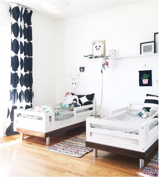 une chambre pour 2 enfants d co d coration http www m. Black Bedroom Furniture Sets. Home Design Ideas