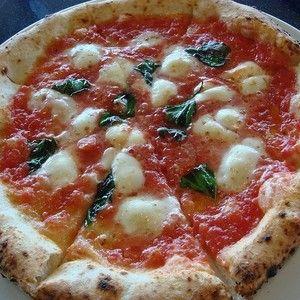 大井町で美味しいピザを食べようと思ったらどこに行きますか?地元の人なら誰でも知っているお店から、知る人ぞ知る名店などいくつかご紹介していきたいと思います。大井町に訪れたら行ってみたい!!と思うこと間違いありません。是非お楽しみくださいね^^-カウモ