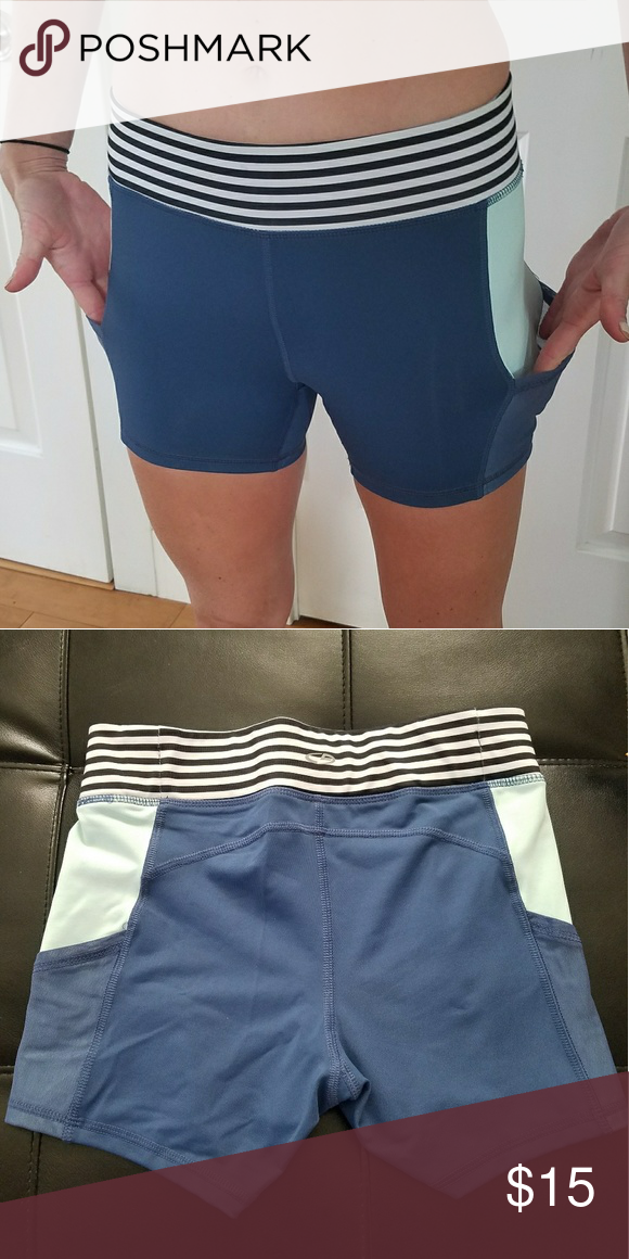 Women s Champion Duo Dry Small Compression Shorts Women s Champion Duo Dry  Small Compression Workout Shorts with pockets on each side. Worn once. 1e2b33128a