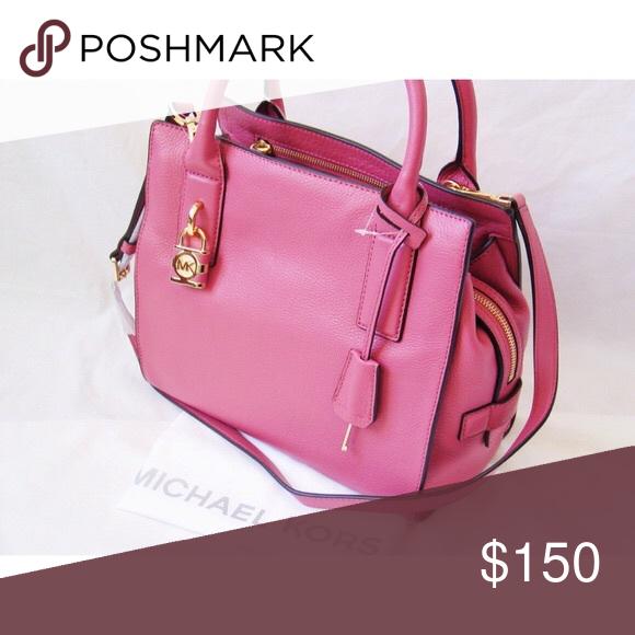 eb1f1633ef09aa Spotted while shopping on Poshmark: Michael Kors McKenna Designer Handbag MK!  #poshmark #fashion #shopping #style #Michael Kors #Handbags