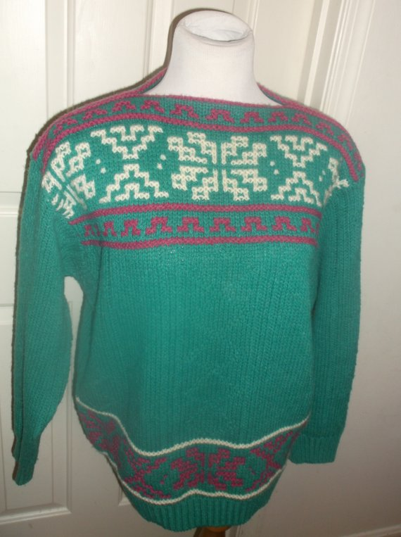 b57e80a5847 Vintage Shetland Wool Sweater United Colors Of Benetton Made In Italy Green  Red White Geometric Pat
