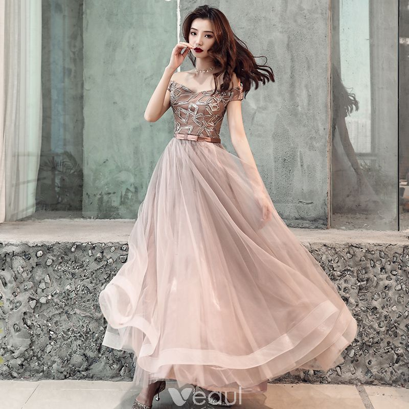 789f928b3274 Affordable Chocolate Evening Dresses 2019 A-Line   Princess Off-The-Shoulder  Short Sleeve Appliques Lace Bow Sash Floor-Length   Long Ruffle Backless  Formal ...